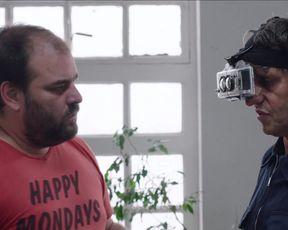 Julianne Nicholson, Sabrina Alfonso - Iniciales S.G. (2019) Sexy film scene