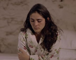 Isabelle Fuhrman naked - Tape (2020)