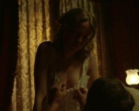 Esmeralda Moya nude - Victor Ros  (2016) (Season 2, Episode 1)