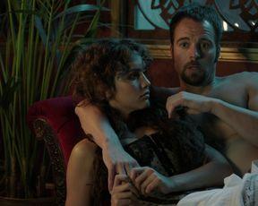 Esmeralda Moya - Victor Ros s01e04 (2015) Censorship nude scene