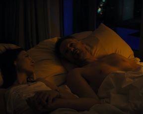 Mathilde Irrmann, Paula Beer, Desiree Nosbusch - Bad Banks s02 (2020) Hot scene