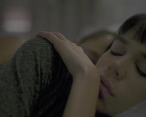 Carla Salle - Onisciente s01e04 (2020) Nude movie scene