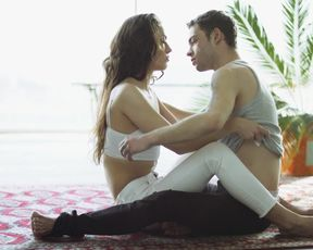 Lola Viande - A Crash Mid Flight (2017) Nude sexy video