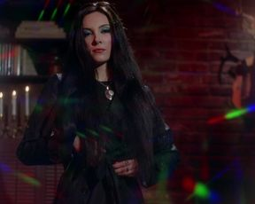Samantha Robinson, April Showers naked - The Love Witch (2016)