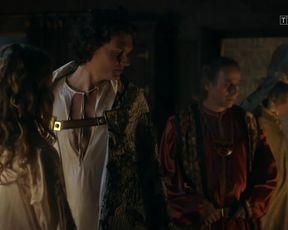 Marta Bryla - Korona krolow s01e01 (2017) Nude TV movie scene