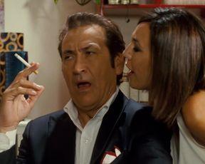 Nadir Caselli, Giulia Greco, Micaela Ramazzotti nude - Posti in piedi in paradiso (2012)