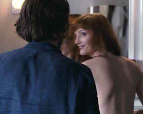 Julie Prayez - Lila _ Valentin (2015) Nude film scene