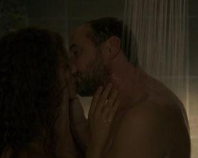 Manon Azem naked - La Mante (2017) (Season 1, Episode 1)