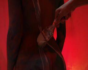 Michela Ferrazza hot - Der Urbino Krimi Die Tote im Palazzo (2016)