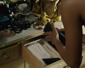 Hot scene Halle Berry Nude - Frankie Alice (2010)