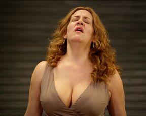 Hot celebs video Pamela Flores - La danza de la realidad (2013)