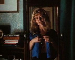 Hot scene Gosia Dobrowolska - Golden Braid (1990)