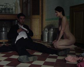 Sexy Diane Rouxel, Nathalie Tetrel nude - Fou D'Amour (2015)