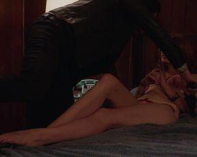 Naked scene Nicole LaLiberte nude - Twin Peaks S03E02 (2017) TV show nudity video