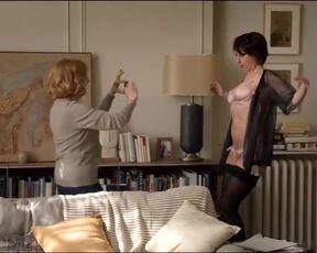 Celebs Isabelle Carré, Valérie Bonneton French Nude - Garde alternée (2017)