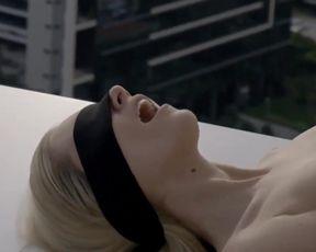 Naked scenes Michelle Batista, Aline Jones Nude - O Negocio (2018) season 04