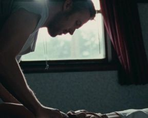 Celebs Michelle Williams and Ryan Gosling - Blue Valentine ALL SEX SCENES - UNCUT