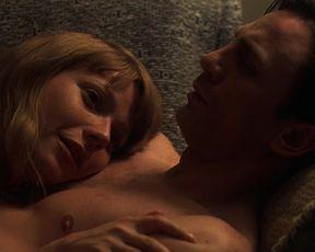 Naked scenes Gwyneth Paltrow - Sylvia (2003)