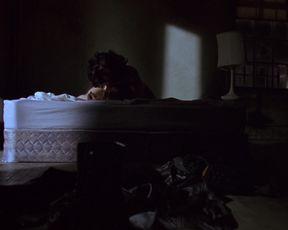 Celebs Jennifer Tilly, Gina Gershon - Bound (1996)