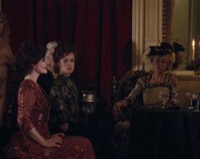Celebs Iliana Zabeth, Celine Sallette, Hafsia Herzi, Alice Barno, Pauline Jacquardle - L'Apollonide Souvenirs de la maison close (2011)
