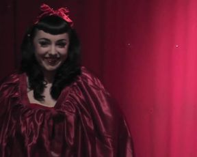 Strip BURLESK Show - Chantilly Lace