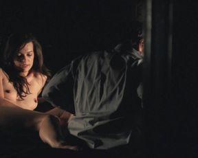 Sexy Milla Jovovich Sex Scene Celebrity