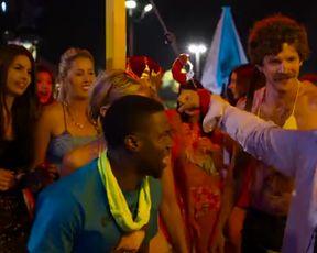 Hot scene Nicky Whelan sexy - The Wedding Ringer (2015)