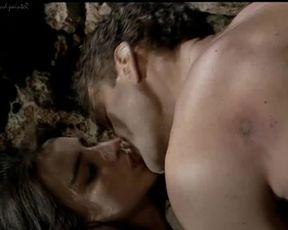 Explicit sex scene Rosa Caracciolo - The Bodyguard (1994) Adult video from the movie