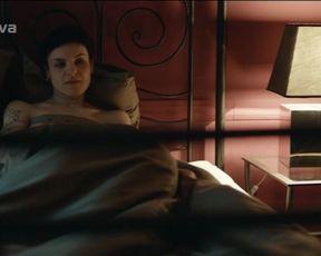 Barbora Milotova - Expozitura s01e11 (2008) Nude film scenes