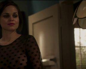 Lina Esco sexy - Kingdom (2016) (Season 2, Episode 16)