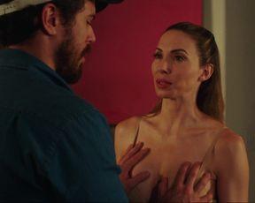 Whitney Cummings - The Female Brain (2017) Naked TV movie scene