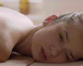 Tereza Voriskova, Ivana Chylkova naked - Laputa (2015)