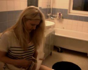 Mariah Kanninen naked - Dust Box (2012)