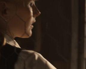 Laura Birn - Syysprinssi (2016) celeb hot video scene