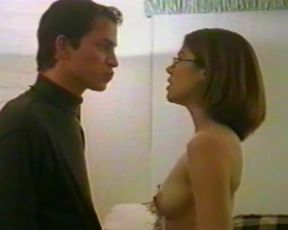 Libby Letlow, Erika Napoletano naked - Naked Twister (2001)