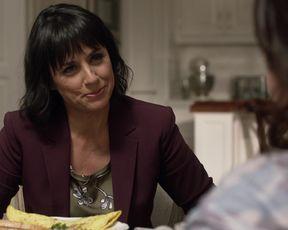 Alison Jaye hot - Shameless (2020) (Season10,Episode10)