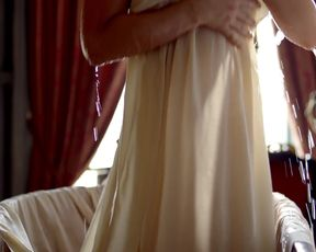 Eloise Smyth, Jessica Brown Findlay Harlots s01e03 (2017) Naked movie scene