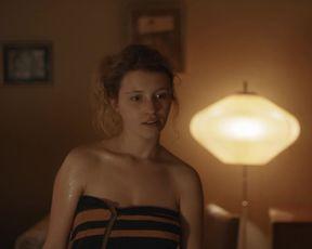 Janina Fautz - Preis der Freiheit (2019) Naked actress in a sexy videos