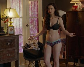 Mikey Madison nude - Better Things (2017) (Season 2, Episode 3)