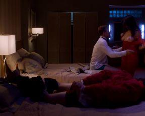 Davie-Blue nude - Room 104 (2017) (Season 1, Episode 2)