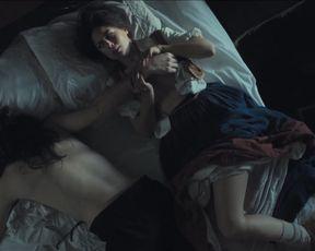 Joana Coelho nude - Madre Paula (2017) (Season 1, Episode 2)