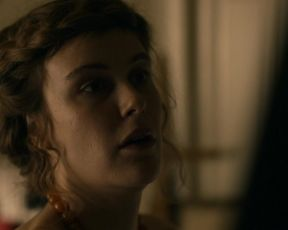Carla Juri - Paula (2016) celebrity hot movie scene