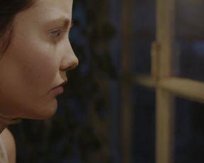 Alba Ribas, Mireia Oriol, Laia Manzanares nude - Waste (2016)