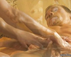Muddy minded, blond masseur got nude for her fave customer and gave him an epic rubdown