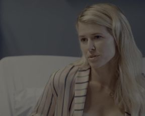 Willow Shields, Sarah Wright - Flipping Out s01e09-ten (2020) celebrity booby movie