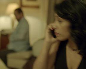 Adriana Paz - Perdida s01e01 (2020) celebs booby flick