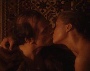 Cordelia Wege - Der Fool von Frank Castorf nach Fjodor Dostojewskij (2002) celeb booby vid