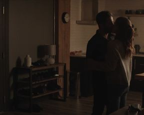 Kate Mara - A Lecturer s01e09 (2020) actress a bra-less sequence from the video
