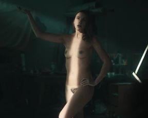 Madeleine Wischmann bare-breasted - ANAUS s08e03 (2013) actress bare mounds gig