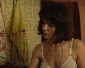 Violetta Zironi - Rose Island (2020) celebrity bare bumpers